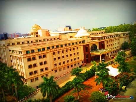 Vydehi Institute of Medical Sciences Bangalore Photo